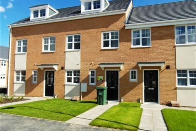 3 bed town house to rent in Port Sunlight Grove, Stockton-On-Tees
