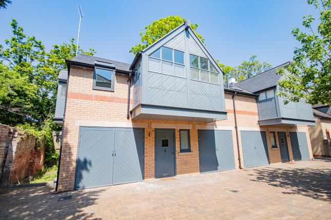Thumbnail Semi-detached house to rent in Welwick House Mews, Pearson Park, Hull