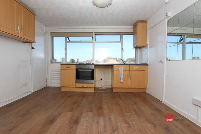 One Bedroom Flat of Green Lane, Seven Kings IG1