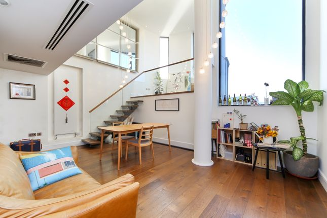Thumbnail Flat to rent in 84 St. Katharines Way, London