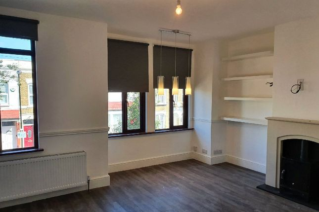 2 bed flat for sale in Foyle Road, London N17
