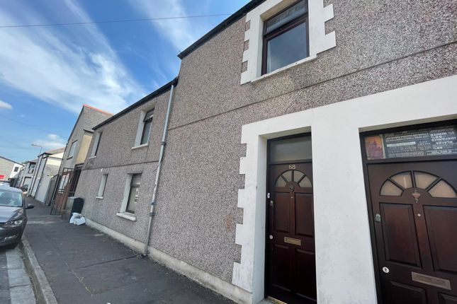 Thumbnail Flat to rent in Coburn Street, Cathays