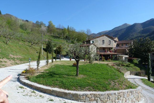 Riolo, Bagni di Lucca, Tuscany, Italy, 5 bedroom farmhouse for sale ...