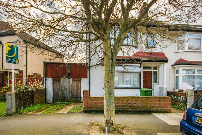Thumbnail Property for sale in Crusoe Road, Tooting