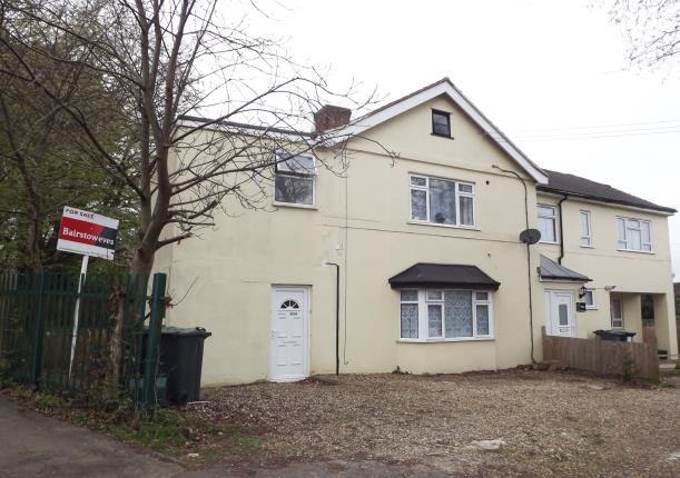 Thumbnail Flat for sale in Tunbury Avenue, Chatham, Kent