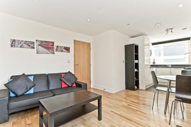 Thumbnail Flat for sale in Cheshire Street, London