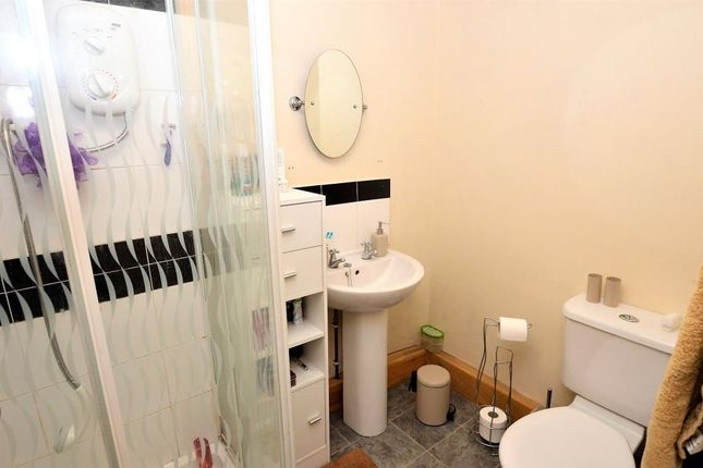Shower Room of Silver Street, Buckfastleigh, Devon TQ11