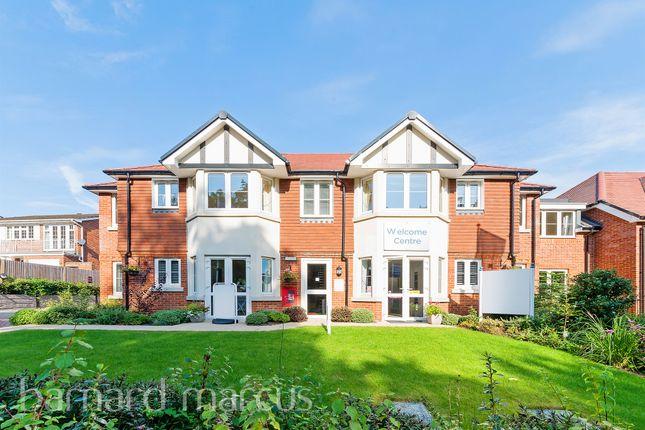 1 bed flat for sale in Addington Road, Selsdon, South Croydon CR2