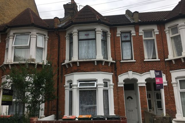 Thumbnail Flat for sale in Wakefield Street, East Ham