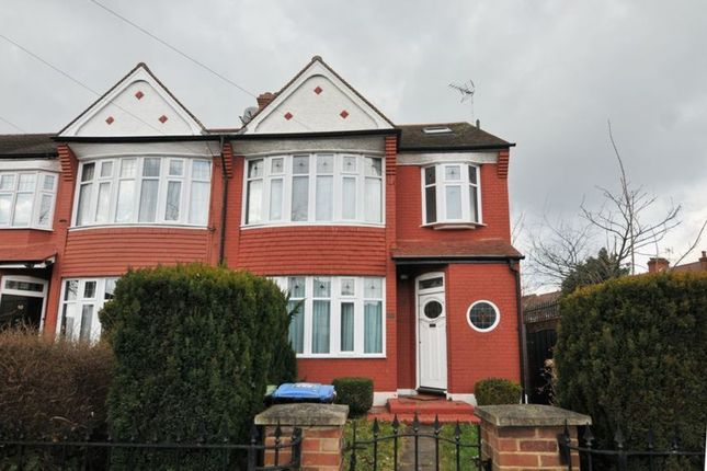 Thumbnail Property for sale in Connaught Gardens, Palmers Green, London