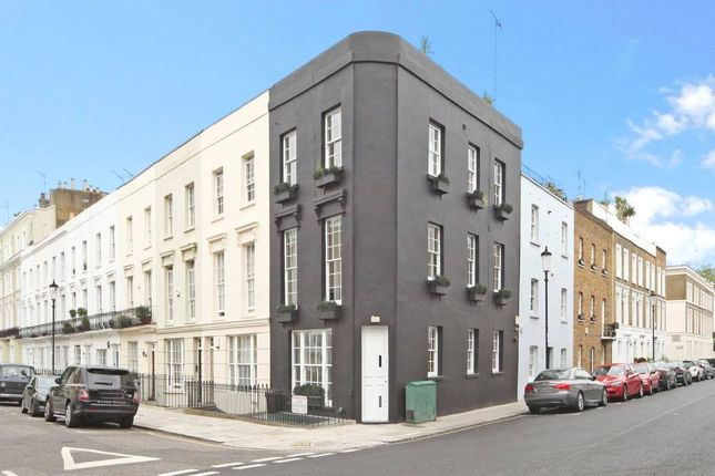 Thumbnail Terraced house for sale in Queensdale Road, London