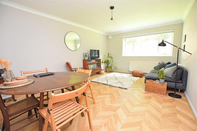 2 bed flat for sale in Lambridge Street, Larkhall, Bath BA1