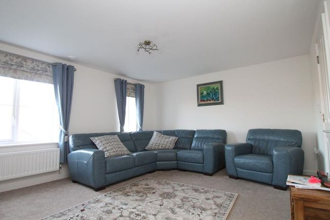 Beauchamp road walton cardiff tewkesbury gl20 3 bedroom for Garage beauchamp 95