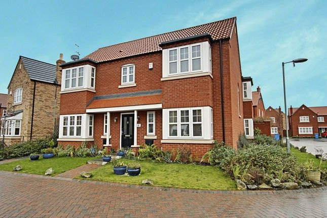 Thumbnail Detached house for sale in Farrier Close, Kingswood, Hull