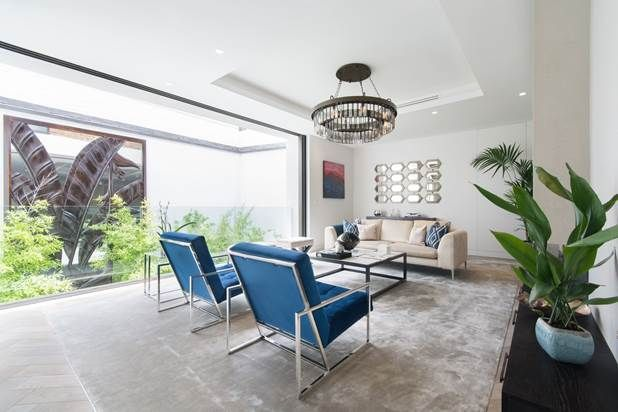 Thumbnail Property for sale in Westbourne Grove Mews, London