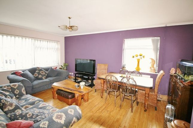 Thumbnail Bungalow for sale in Pyesand, Kirby-Le-Soken, Frinton On Sea