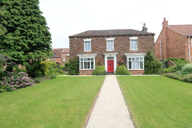 Thumbnail Property for sale in 16 West End Road, Epworth, Doncaster