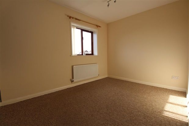 Bedroom One of Croasdale Drive, Thornton Cleveleys FY5