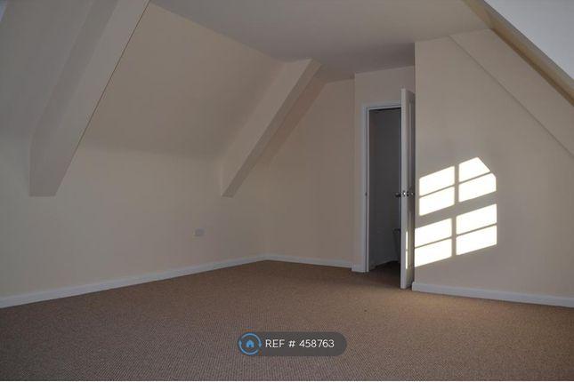 Thumbnail Flat to rent in High Street, Attleborough