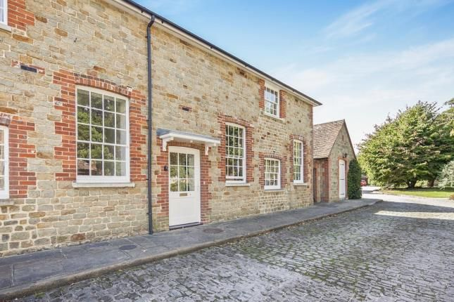 Thumbnail Terraced house for sale in North Street, Midhurst, West Sussex