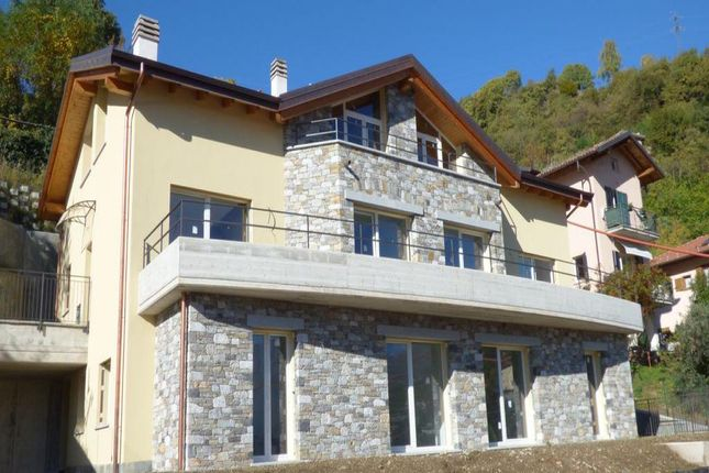 2 bed apartment for sale in 22013 Domaso Co, Italy