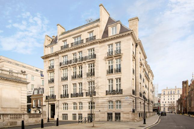 Thumbnail Flat for sale in Cleveland Court, Cleveland Row, London
