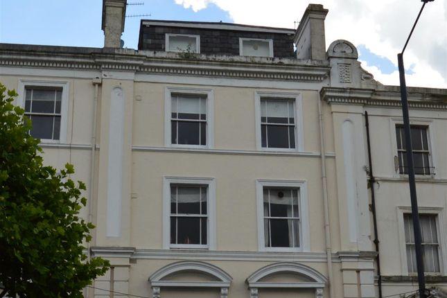2 bed flat to rent in Mount Pleasant Avenue, Tunbridge Wells
