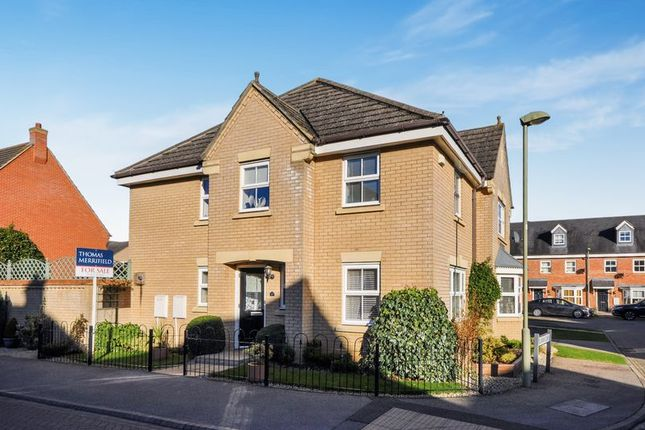 Thumbnail Detached house for sale in Trefoil Drive, Bicester