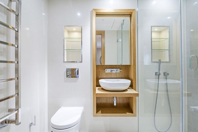 Bathroom of The Courthouse, 70 Horseferry Road, London SW1P
