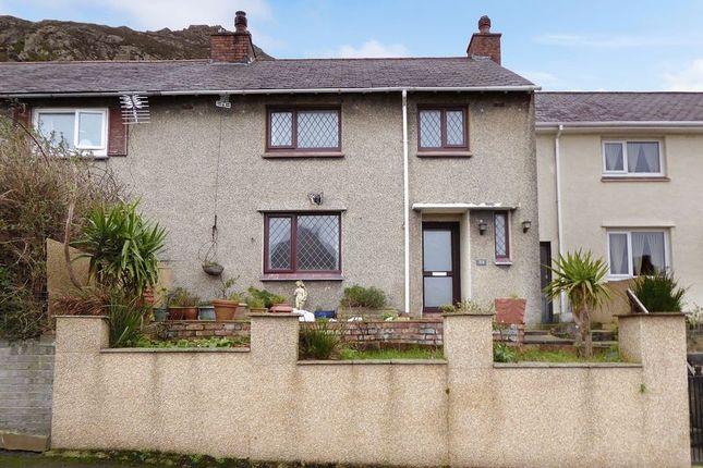Thumbnail Terraced house for sale in Pendalar, Llanfairfechan