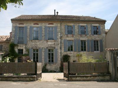 5 bed property for sale in Castelnau-Montratier, Lot, France