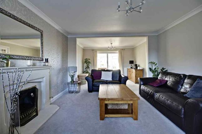 Living Room of Minden Close, Chineham, Basingstoke RG24