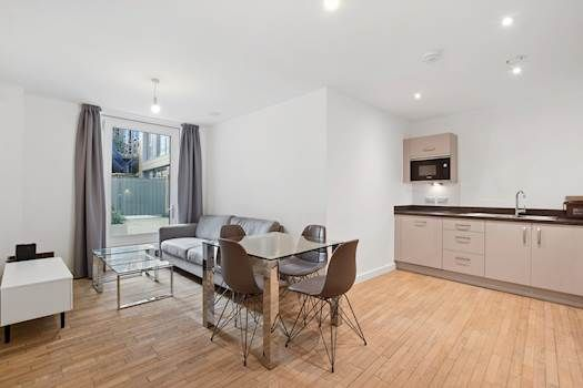 Thumbnail Flat to rent in 25 Redcliff Street, Bristol