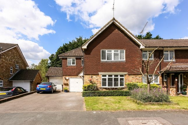 Thumbnail End terrace house to rent in Turpins Rise, Windlesham