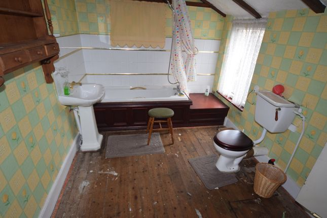 Bathroom of Storey Square, Barrow-In-Furness LA14