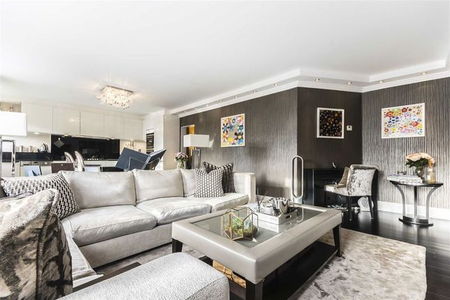 Thumbnail Flat for sale in Crawford Street, London
