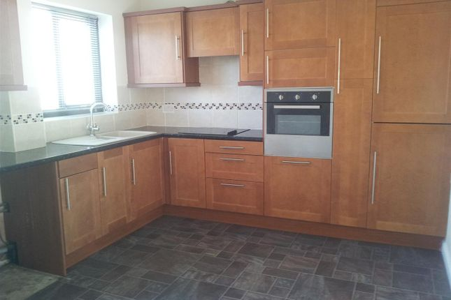 Thumbnail Property to rent in Castle View, Walcott, Lincoln