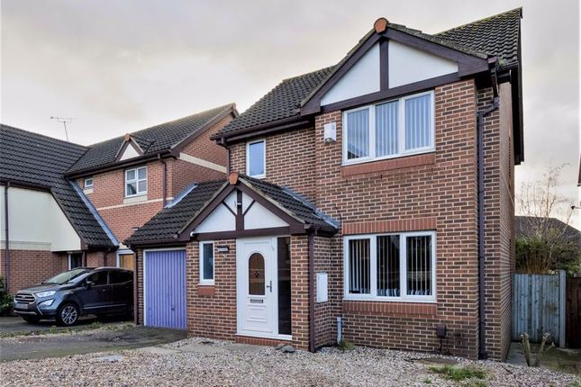 Thumbnail Detached house for sale in Celedon Close, Chafford Hundred, Grays