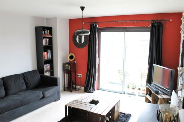 Thumbnail Flat to rent in Bouverie Court, Leeds