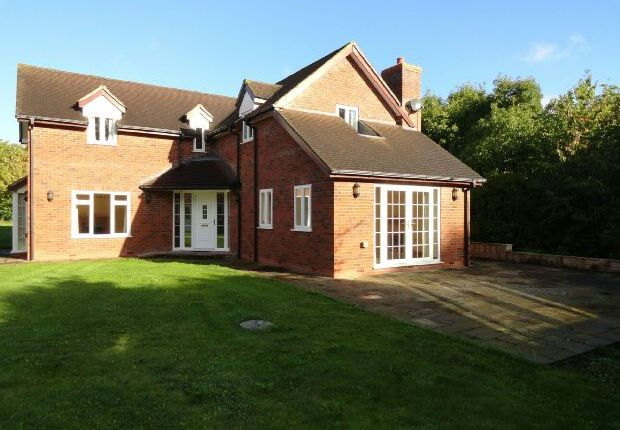 Thumbnail Detached house to rent in Blackmore Park Road, Welland, Malvern