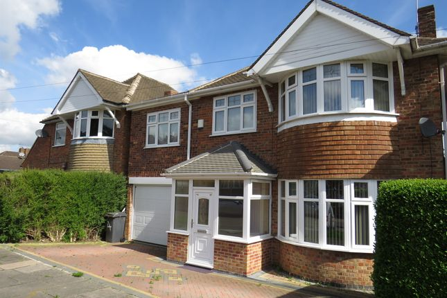 Thumbnail Detached house for sale in Summerlea Road, Leicester