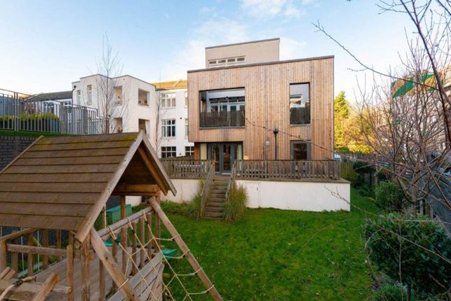 2 bed detached house to rent in Warriston Road, Cannonmills, Edinburgh EH7