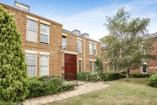 Thumbnail Flat to rent in Munro Drive, Cline Road, London
