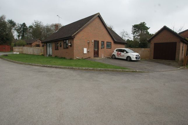 Thumbnail Bungalow to rent in Picket Piece, Andover