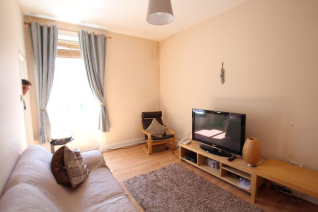 1 bed flat to rent in Cumbernauld Road, Glasgow