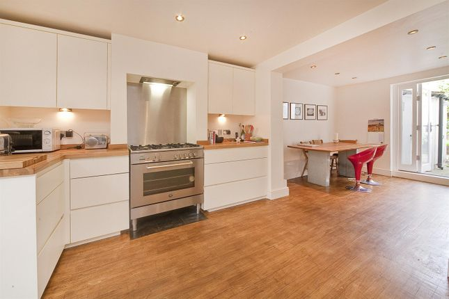 Thumbnail Terraced house for sale in Leighton Road, Kentish Town