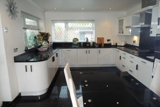 Thumbnail Bungalow to rent in Brackendale Avenue, Pitsea, Basildon