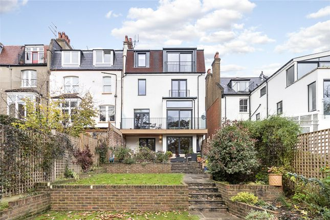 Picture No. 23 of Onslow Gardens, London N10