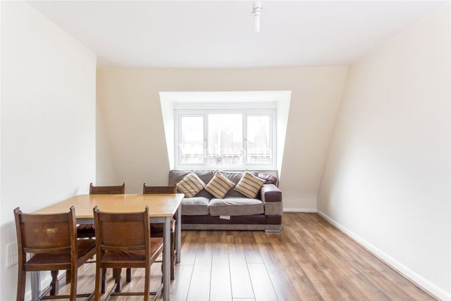 Thumbnail Flat for sale in Green Lanes, Palmers Green, London