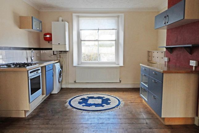 Thumbnail Maisonette to rent in Holyrood Street, Chard